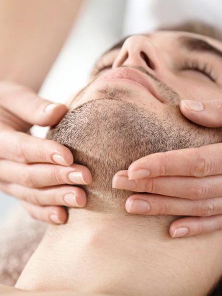 Maestría Internacional en Tratamientos Faciales en Medicina Estética (Diploma acreditado por Apostilla de la Haya)