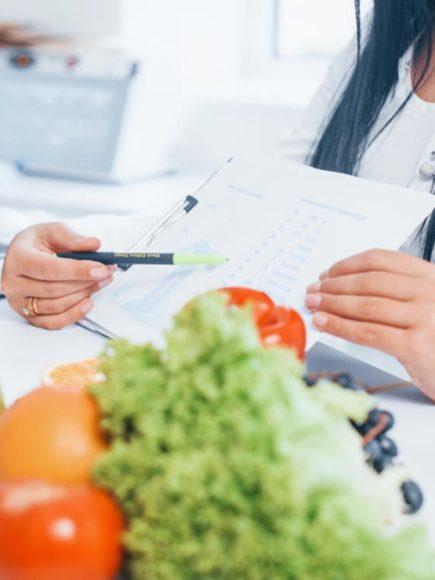 Maestría Internacional en Nutrición y Dietética (Diploma acreditado por Apostilla de la Haya)